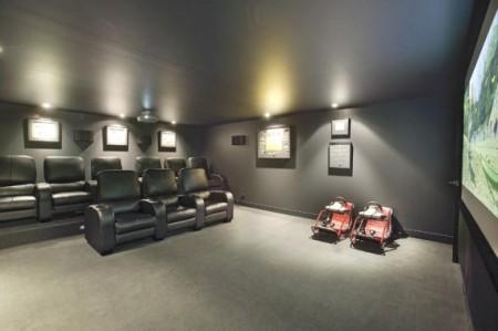 salle de cinéma dans maison loft Melbourne