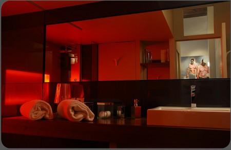Salle de bain design du loft hotel Actlieu à Nantes