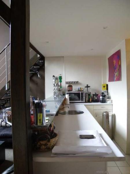 Atelier d artiste avec mezzanine paris 17 journal du loft - Cuisine style atelier artiste ...