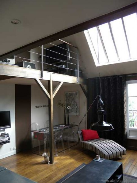 atelier d artiste avec mezzanine paris 17 journal du loft. Black Bedroom Furniture Sets. Home Design Ideas