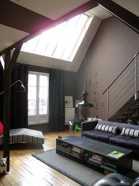 atelier d artiste avec s jour cath drale journal du loft. Black Bedroom Furniture Sets. Home Design Ideas