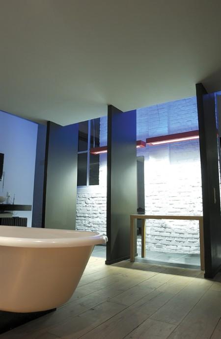 Salle de bain design du loft Ivan Missine