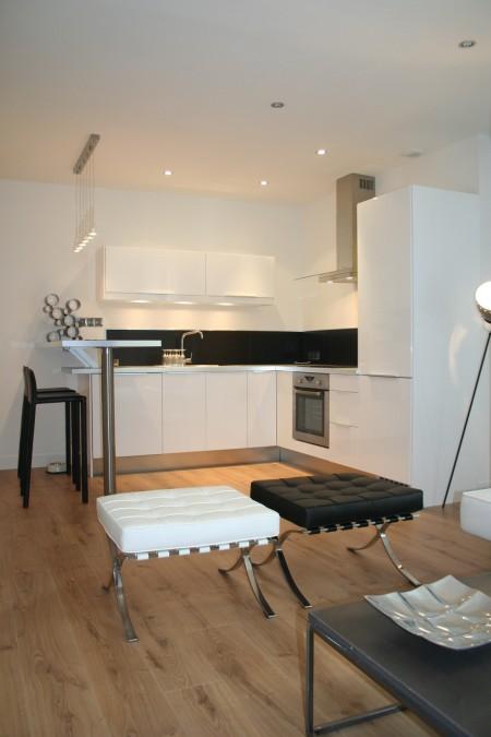 Cuisine US dans un petit loft à Nantes
