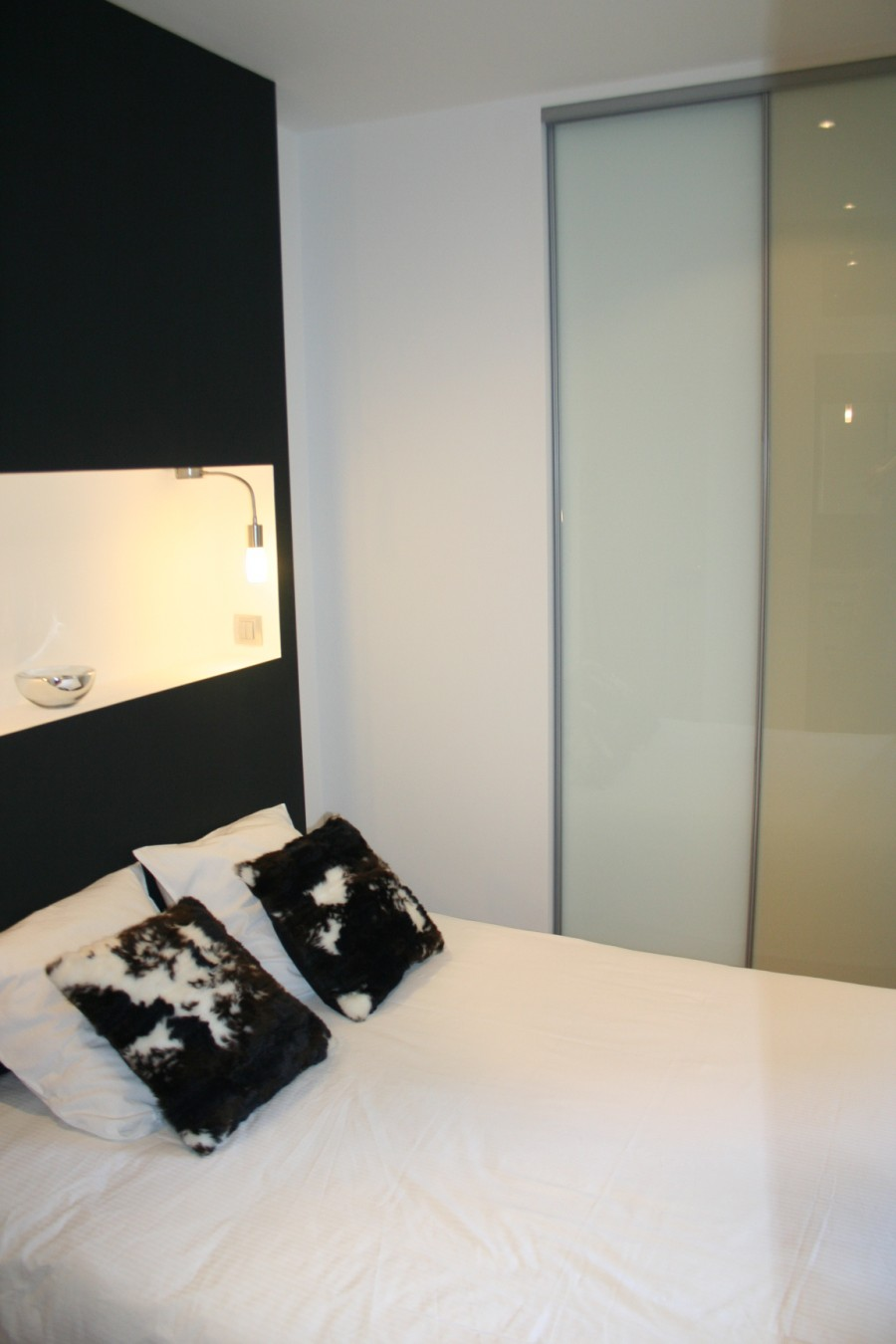 Lit design petit loft à Nantes
