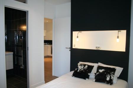 Tête de lit design avec lampe intégrées