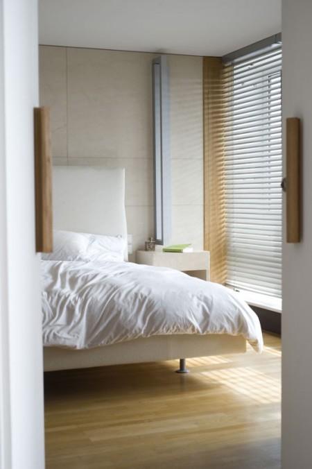 Chambre dans un appartement loft signé par l'architecte Le Corbusier