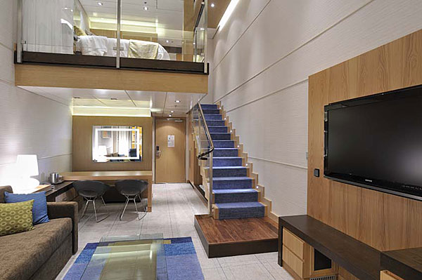 loft avec mezzanine sur le paquebot oasis of the seas journal du loft. Black Bedroom Furniture Sets. Home Design Ideas
