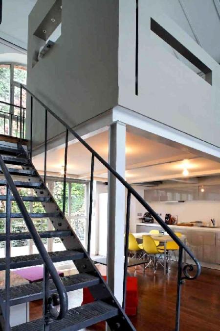 superbe loft gare de l est journal du loft. Black Bedroom Furniture Sets. Home Design Ideas