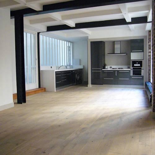 loft industriel esprit new yorkais paris journal du loft. Black Bedroom Furniture Sets. Home Design Ideas