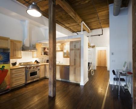Petit loft au Canada avec une cuisine américaine