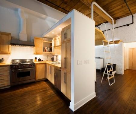 Petit loft au Canada - séparation entre la cuisine et la chambre