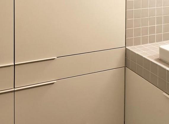 Two boxes loft : rangements dans la salle de bain