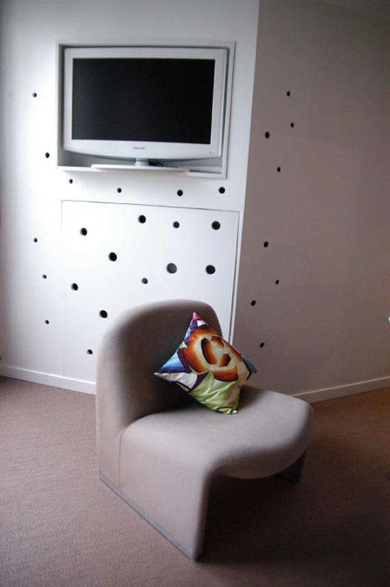 http://www.journalduloft.com/wp-content/immobilier-loft/2010/03/studio-25-niche-tv.jpg