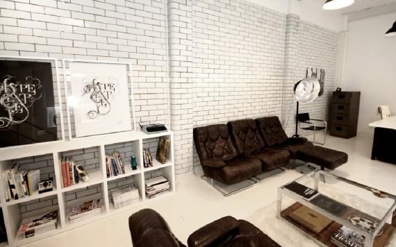 Canapé en cuir de l'agence Candy Black