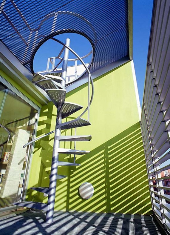 Escalier extérieur de la Casa Hevia