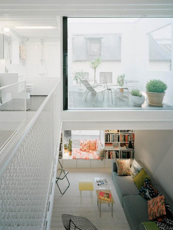 Intérieur contemporain dans une maison de ville en Suède