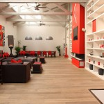 Loft rouge et blanc - open space