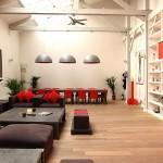Loft rouge et blanc à Paris