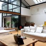 Loft avec verrière et une façade vitrée