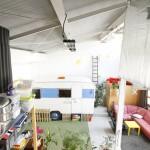 Atelier d'artiste avec une caravane