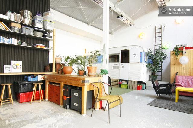 Atelier d artiste louer paris avec une caravane journal du loft - Atelier d artiste a louer ...