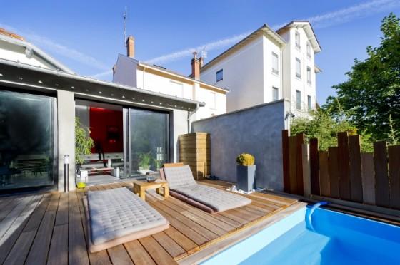 Après : Maison des années 50 transformée en loft avec piscine