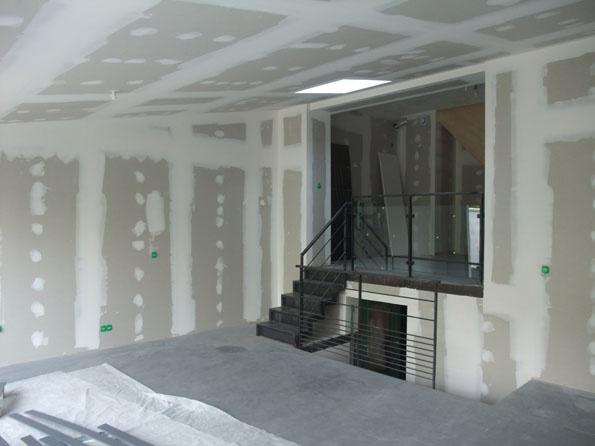 AVant : Une maison des années 50 transformée en loft