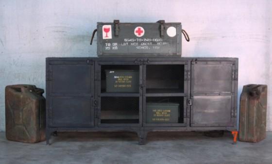 Buffet industriel métallique