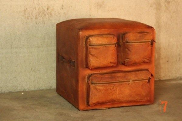 Pouf industriel en cuir avec poches Barak7
