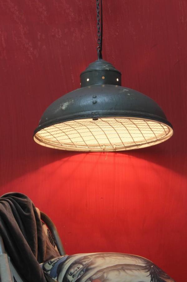 suspension industrielle le luminaire id al pour votre loft journal du loft. Black Bedroom Furniture Sets. Home Design Ideas