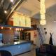 Petit loft industriel avec mezzanine