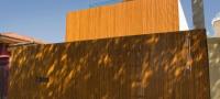 House 53, maison en bois cubique et épurée